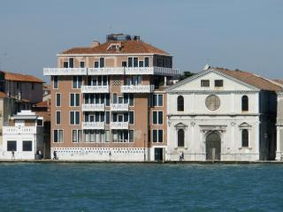 Venice Bohemièn Apartment with Terrace - Venice vacation rentals