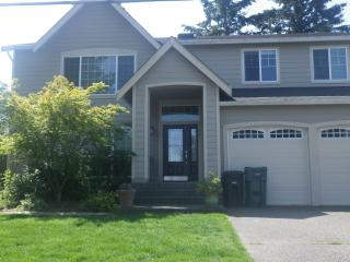 Newer Contemporary Home two miles from US Open - Puget Sound vacation rentals
