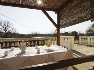 APARTMENT ANTONIA FOR FOUR - Vrsi vacation rentals
