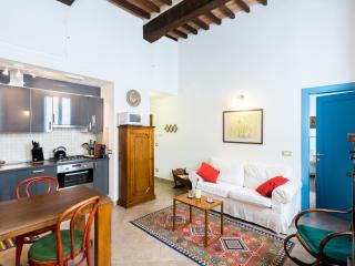 CasaMontepulciano, In the heart of Montepulciano - San Quirico d'Orcia vacation rentals