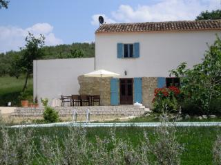 Farmhouse with swimming pool and beautiful views - Vicoli vacation rentals