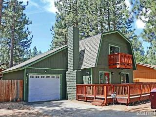 3BR/2BA Cozy Chalet in Highland Woods, Walk to Lake Tahoe Blvd - South Lake Tahoe vacation rentals