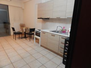 Cozy 1bed Thessaloniki, studio - Thessaloniki vacation rentals