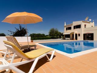 Villa Eucalipto - Carvoeiro vacation rentals