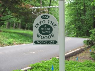 into the woods - Mount Gretna vacation rentals