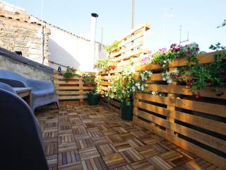 F18|FK Perfect location and 2 terraces cosy flat - Catania vacation rentals
