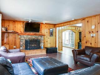 Cozy home next to golf; close to great attractions! - South Lake Tahoe vacation rentals