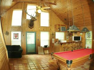 Private River Access! Sleeps 13! - Hunt vacation rentals