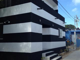 2bd new industrial design black and white striped - Isla Mujeres vacation rentals