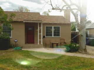 Conoga Park Comfortable Home - Los Angeles vacation rentals