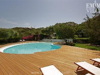 Villa Bianca 10+2 - San Teodoro vacation rentals