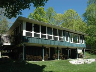 Stony Lake, Ontario - Turtle Bay Lodge - Woodview vacation rentals