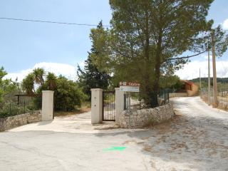 Sicilian holiday retreat near forest - Paradiso - Giarratana vacation rentals