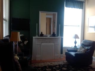 2 Bedroom Downtown Louisville Executive Condo - Louisville vacation rentals