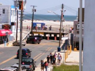 Breezy Beachblock 1 BR Condo, Ocean View - Wildwood vacation rentals