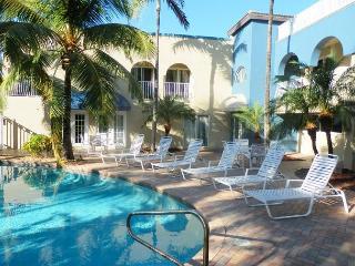 Blue Ocean Villas III Oceanfront 4 bedrooms Heated Pool - Pompano Beach vacation rentals
