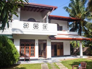 Room for 4 people - Weligama vacation rentals