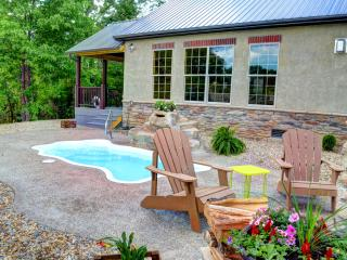 Ohio's Most Luxurious Cabin Expderience - Logan vacation rentals