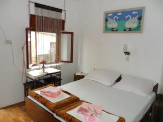 Room2 - Selce vacation rentals