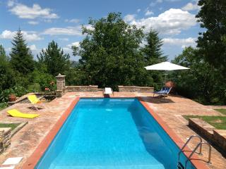 Country House with Private Swimming Pool - Penna San Giovanni vacation rentals
