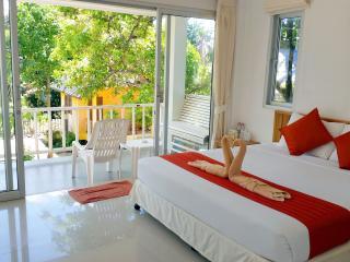 Lamai Beachside Seaview Studio - Surat Thani vacation rentals