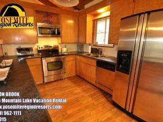 1/4m> Pool & CountryClub DogOK WIFI 25m> Yosemite - Groveland vacation rentals