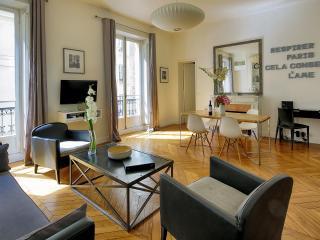 Saint-Germain Chic Two Bedroom - Paris vacation rentals