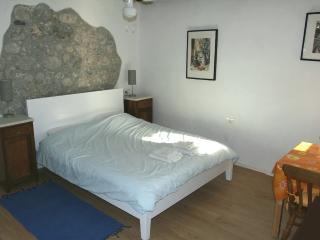 Twin Studio Apartment - centre Kobarid - sleeps 2 - Kobarid vacation rentals