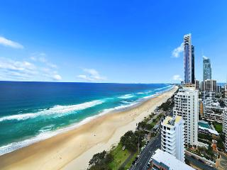 Stunning View of Pacific Ocean & Surfers Paradise - Surfers Paradise vacation rentals