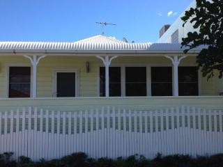 The Captain's Cottage - South West Rocks vacation rentals