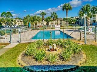 TOWNHOUSE FOR 7! 3 NIGHT STAYS AVAILABLE! OPEN 5/30-6/6 20% OFF~ - Panama City Beach vacation rentals