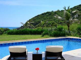 Impressive 5 bedroom, 5.5 Bathroom located on the beach! - Saint Martin-Sint Maarten vacation rentals
