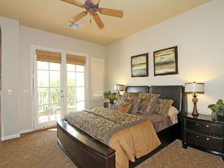 An Upstairs Studio with a King Bed and Private Balcony a Secluded Greenbelt - La Quinta vacation rentals