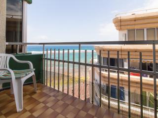 Bonito apartamento en primera línea de playa - Las Palmas de Gran Canaria vacation rentals