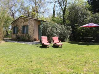 Domaine de Rhodes - Cottages - Avignon vacation rentals