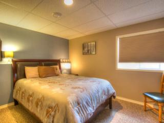 Garden Suite (Self-Contained) - 2 bedrooms, locate - Peachland vacation rentals