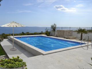 Holiday Home Split - Split vacation rentals