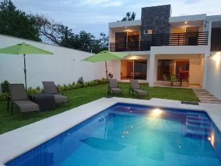 Cuernavaca 18 pax Morelos alberca - Cuernavaca vacation rentals