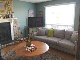 Cozy Country home in the City - Calgary vacation rentals