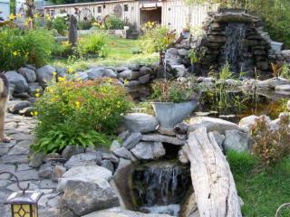 The Sunrise Cottage - Janetville vacation rentals