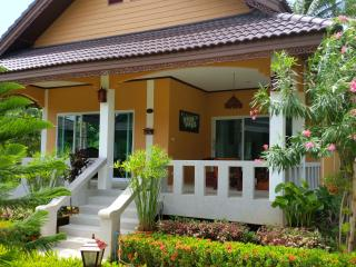 Luxury Villa 1 Bedroom 100m to Beach - Surat Thani vacation rentals