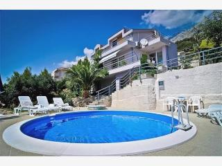 Holday House Moиa with Pool(2186-5576) - Bratus vacation rentals