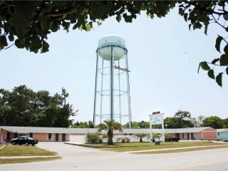 Island Inn Motel #112 5611 East Oak Island Drive - Oak Island vacation rentals