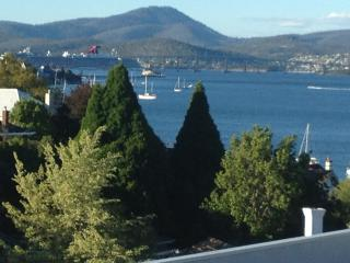 Reflections on the Bay - Hobart vacation rentals