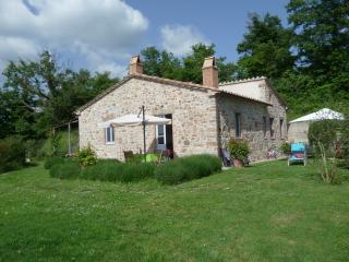 Lovely Tuscan cottage,terrace, garden, Wi-FI - Roccalbegna vacation rentals