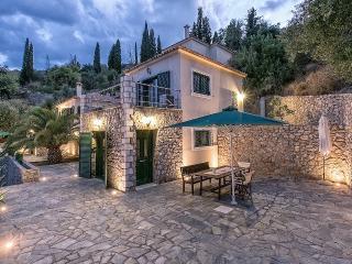 Two-Bedroom Maisonette in Kissakas, Pera Melana A - Leonidio vacation rentals