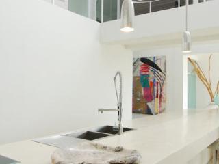 Vela Putih Villas Canggu - World vacation rentals