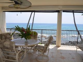 2 Bedroom, 2 Bath, Oceanfront Condo - Kailua-Kona vacation rentals