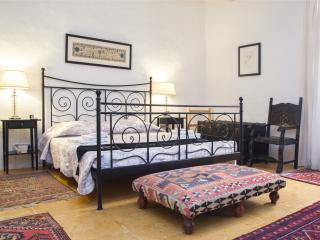 Palazzo San Pawl, del Monte suite - Valletta vacation rentals
