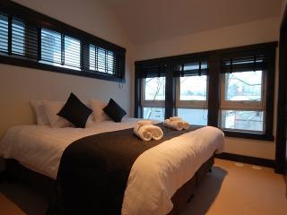 Cozy Ski Chalet Vacation Rental in Main Village - Niseko-cho vacation rentals